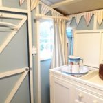 Cwt Gwyrdd Bathroom Hut Interior